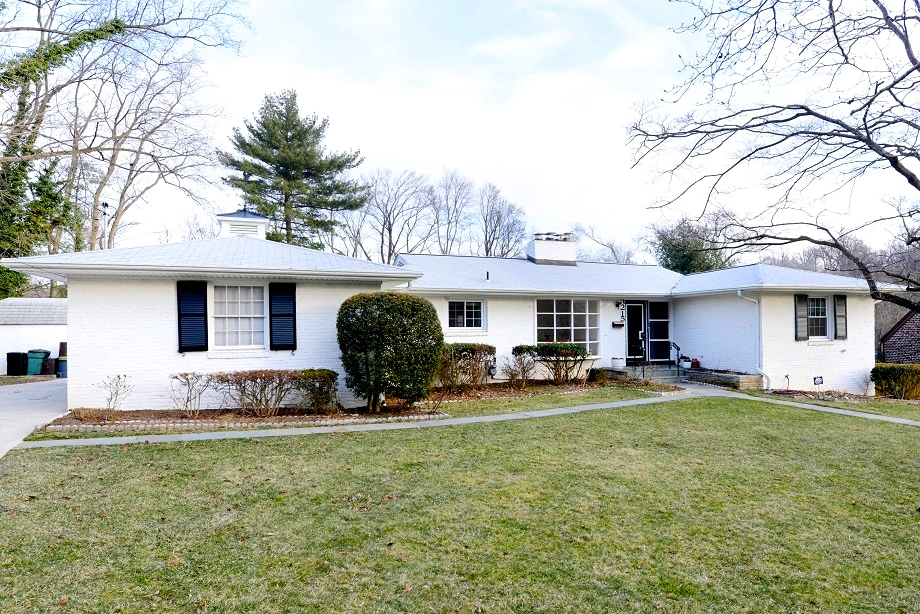 Sold renovated california style chevy chase ranch on 2 3 for New ranch style homes in maryland